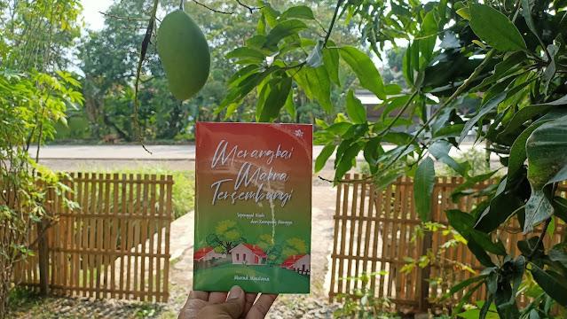 Merangkai Makna Tersembunyi: Sepenggal Kisah dari Kampung Mangga