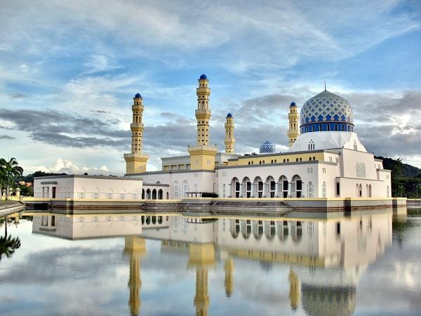 Vẻ đẹp lộng lẫy của Hoàng Cung Malaysia