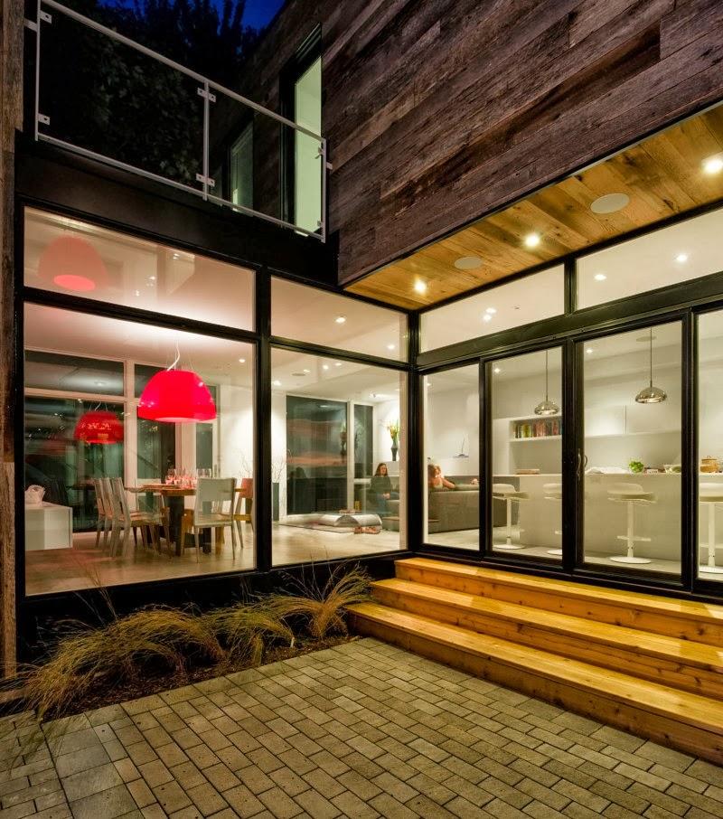 Hogares frescos casa moderna de dos pisos con grandes for Casa moderna 8