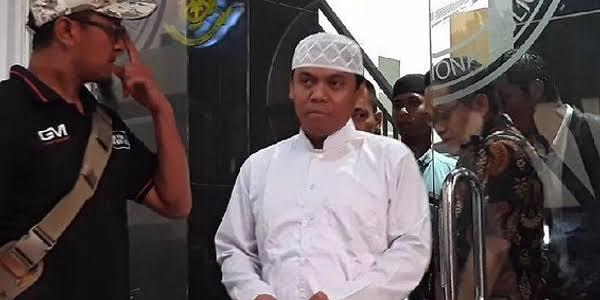 Bareskrim Tangkap Gus Nur di Malang!