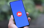 1GB Daily Data Prepaid Plans from Airtel, Vodafone Idea and Reliance Jio Detailed