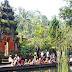 Travelling Bali, visit holy spring water temple Tampaksiring