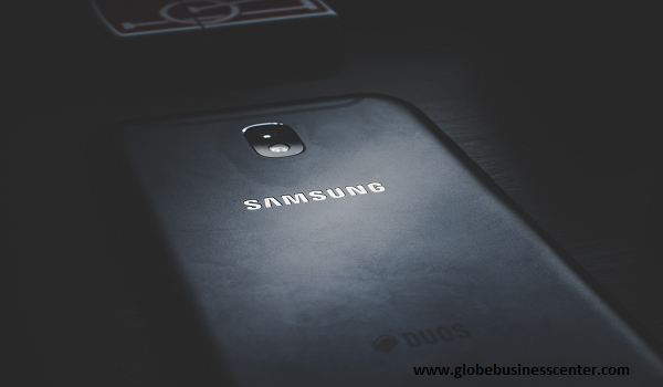 Step by step instructions to fix the dark screen on a Samsung Galaxy cell phone