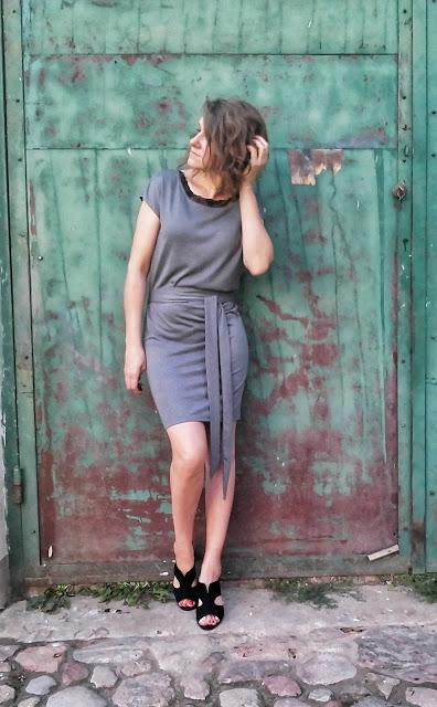 290. szara sukienka