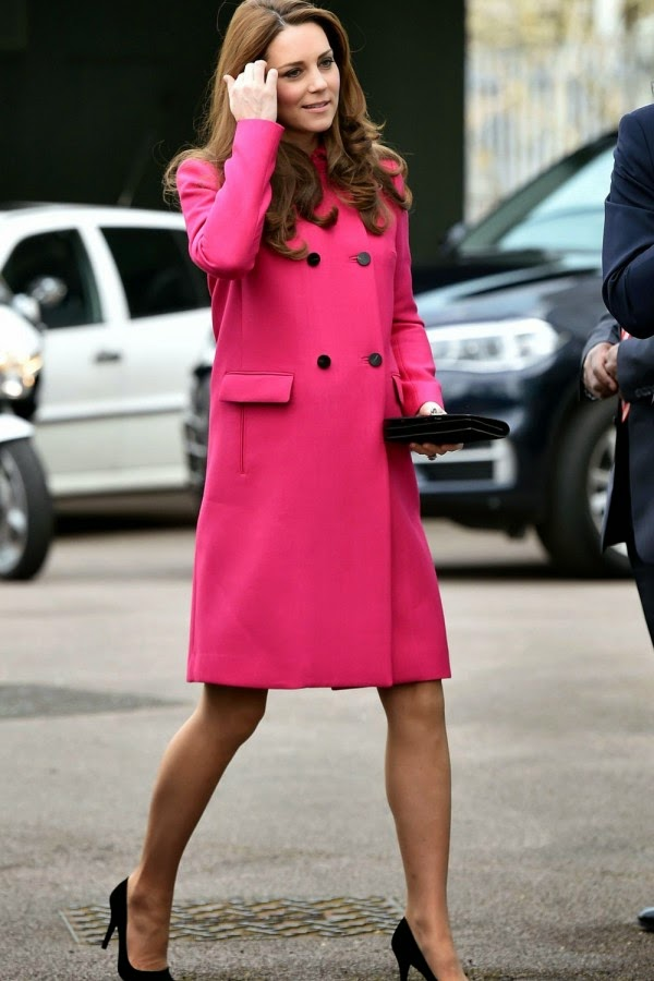 Kate Middleton Wears Mulberry For Her Final Appearance Before Giving Birth