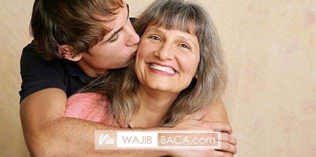 Ibu Bagaimana Kabarmu Hari Ini? Simak Penjelasan Psikolog Mengenai Dampak Bicara dengan Ibu!