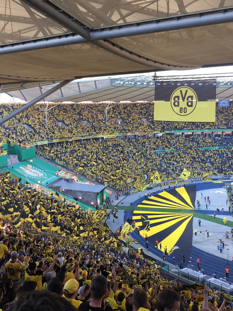 DFB Pokalfinale 2017 BVB Borussia Dortmund 09 SGE Eintracht Frankfurt, Breitscheidplatz Berlin, Pokalfinale Berlin, 25hours Hotel Berlin, Erfahrung Monkey Bar NENI Restaurant Berlin, Olympiastadion Berlin Finale 2017