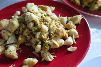 Bangkok, Nhong Rim Klong, stir fried crab