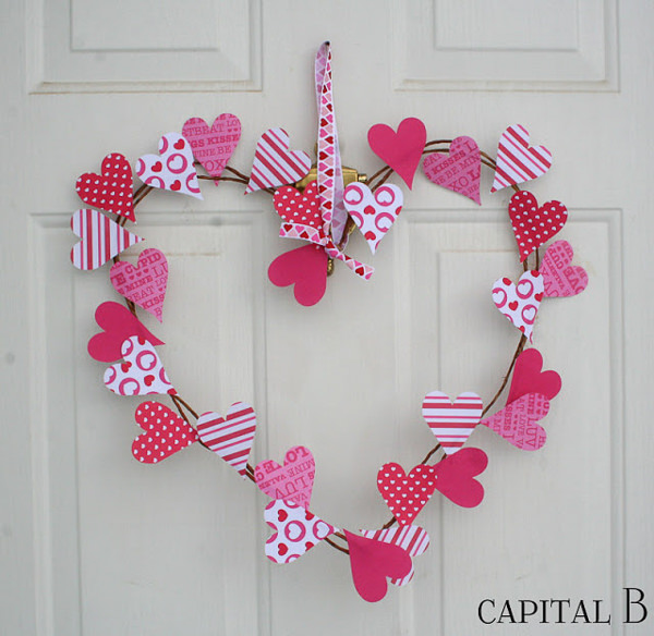 heart shaped wreath with little paper hearts