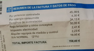 Por 4 euros de consumo, 158 euros de factura. Robo permitido 'made in Spain'.