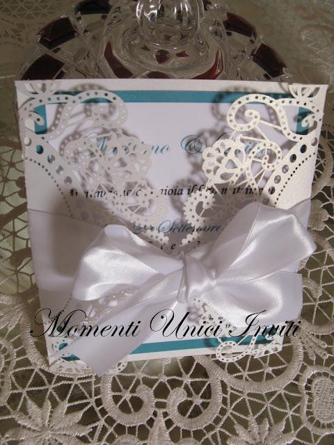 """IMG_5576 Modello """"Colazione da Tiffany"""" per una coppia di sposi sofisticata...Colore Bianco Colore Tiffany Partecipazioni intagliate"""