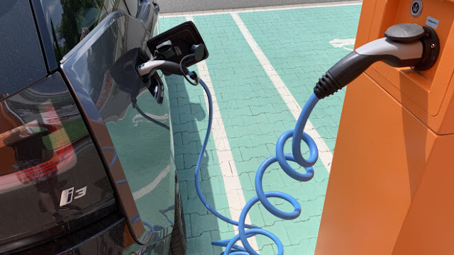 electric-cars-price-fall-2024