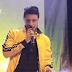 El cantante Daniel Calderon despertó burlas entre sus seguidores por abusar del maquillaje en su rostro.