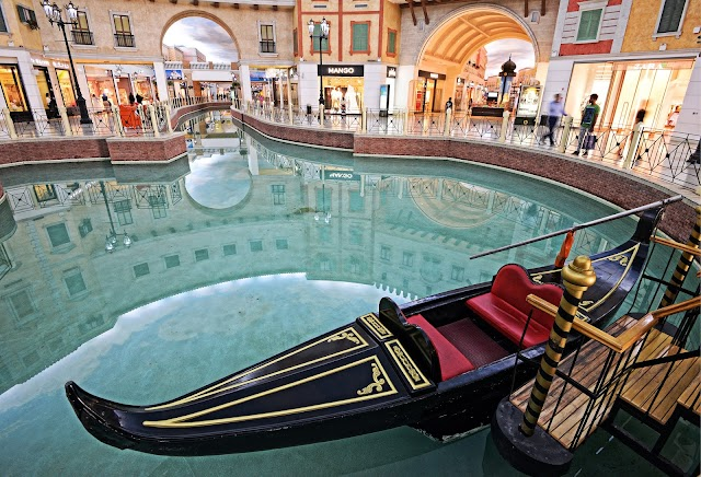 Top 5 selfie spots that can be found inside various malls in Qatar!
