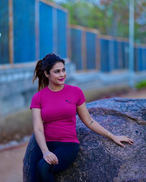 Kritika Malik Biography and her Kritika Malik (Instagram Star) Biography, Age, Boyfriend, Instagram