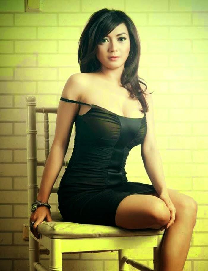 Wiwid Gunawan Foto Model Seksi