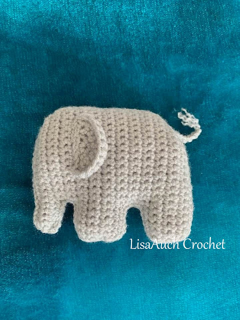 crochet elephant toy pattern - flat
