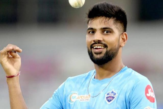 टीम इंडिया में छाने को बेताब ये ऑलराउंडर, एक ओवर में 6 छक्के लगाए, वनडे में दोहरा शतक ठोका