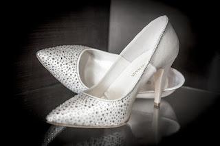 souvenir-lamaran-sandal-wanita.jpg