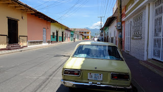 Ancient cars in Nicaragua
