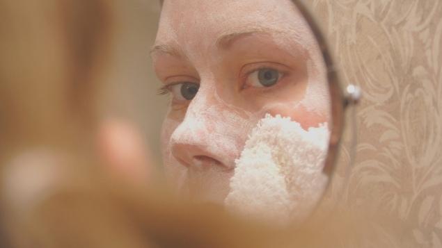 cara mengecilkan pori-pori wajah agar terlihat mulus
