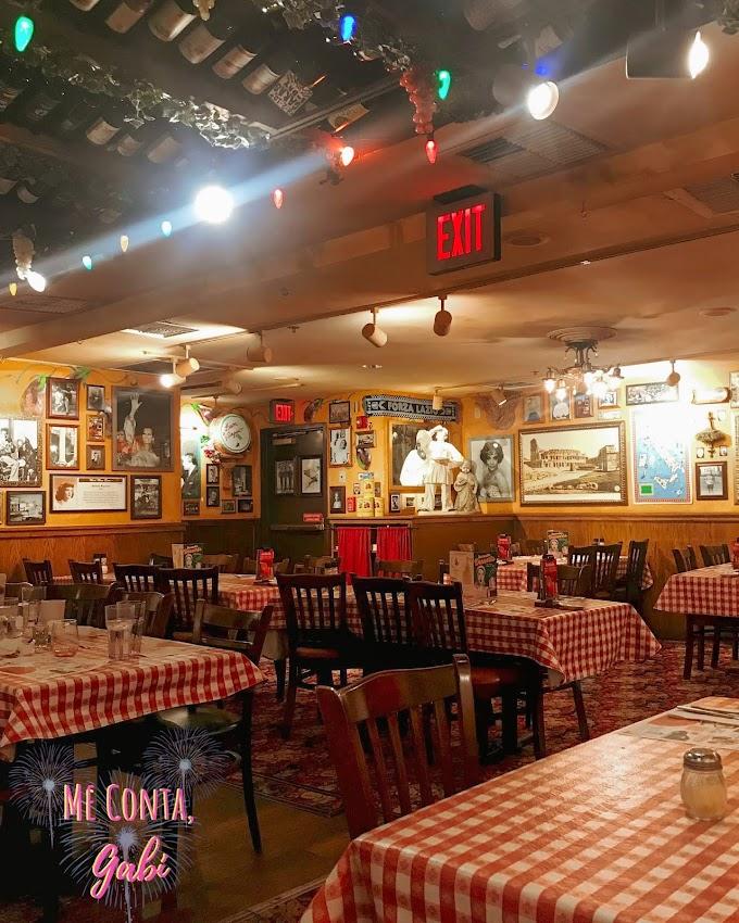 Onde comer em Orlando: BUCA DI BEPPO (Florida Mall)