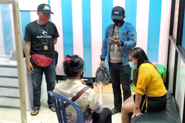 Cafe karaoke di Lobar jadi tempat prostitusi, Polisi amankan mucikari dan kondom bekas