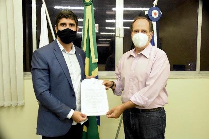 Erick Lessa solicita à Funasa saneamento básico para cidades do Agreste
