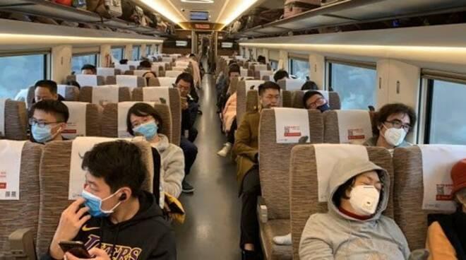 Aerei, bus, treni: come cambia la distanza di sicurezza