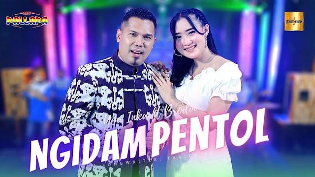 Lirik lagu Yeni Inka Ngidam Pentol ft Brodin New Pallapa dan Terjemahan