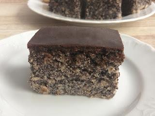 Ciasto z maku z polewą czekoladową