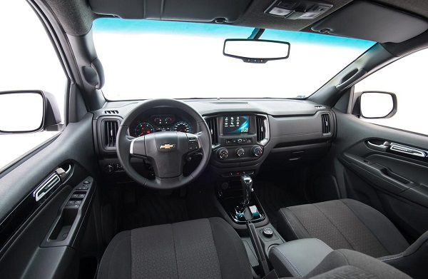 Interior Chevrolet S10 Midnight Edition