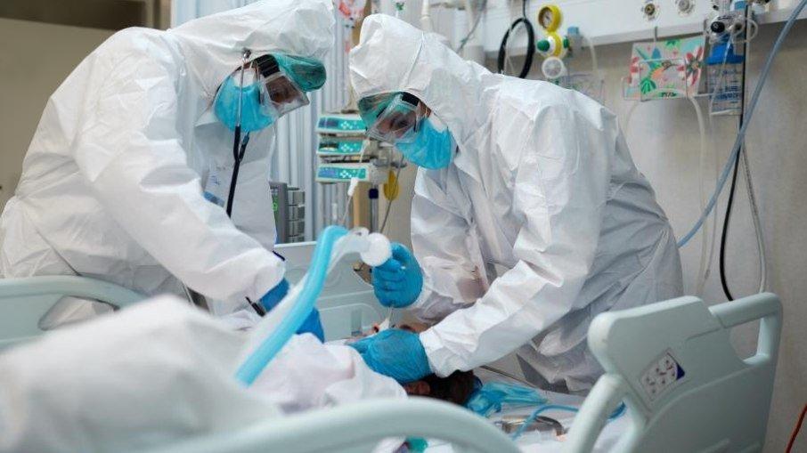 Brasil recebe 2,3 milhões de kits para intubação de pacientes com covid-19 - Portal Spy