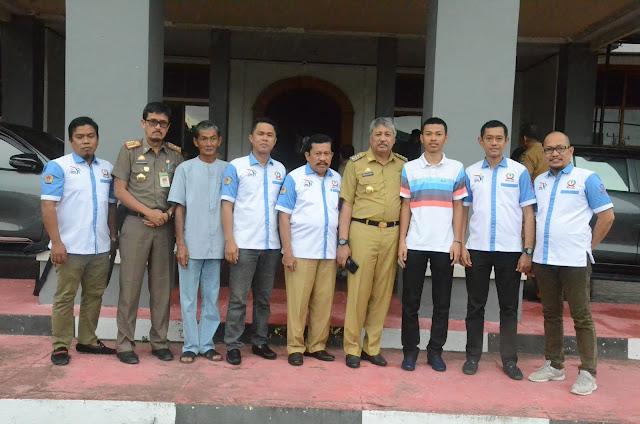 Bupati Pinrang, Irwan Hamid (keempat kanan) www.masmedia.xyz