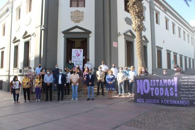 Cabildo de Fuerteventura se suma a las reivindicaciones por el Día Internacional de la Eliminación de la Violencia contra la Mujer con un acto institucional