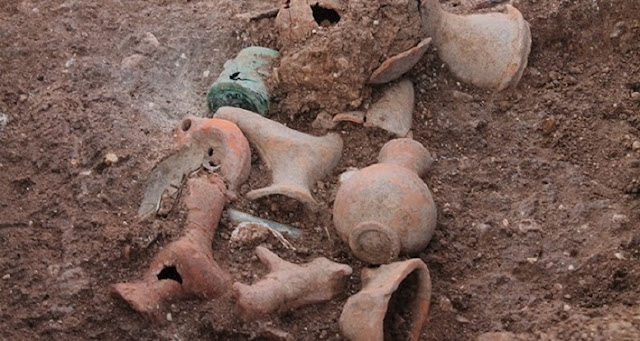 2200-year-old tomb unearthed in ancient Aizanoi, western Anatolia