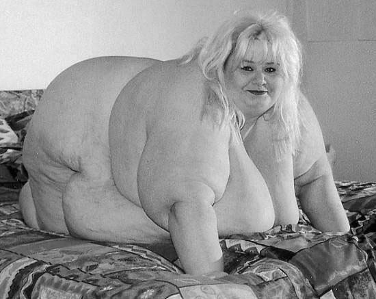 [Image: fat-woman.jpg]