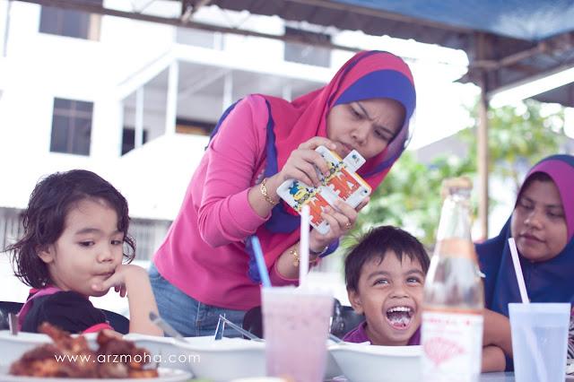 blogger murni alysa di warung nasi lemak pendekar mustar, nasi lemak pendekar mustar,