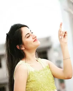 Priyanka Mongia Physical Appearance