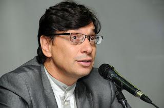 Economista critica estratégias de Paulo Guedes e acusa governo de estar fazendo Brasil retroagir socialmente