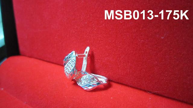 www.trangsuc.top - Bông tai kiểu phối đá trắng cao cấp MSB013 - Giá: 175,000 VNĐ - Liên hệ mua hàng: 0906 846366(Mr.Giang)