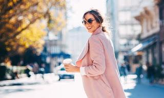 Blazer rosa vira tendência de moda