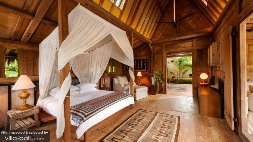 Luxury Balinese Villa Bedroom