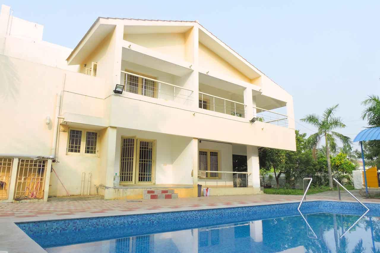 sri garden beach house swimming pool