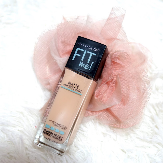 Maybelline Fit Me Matte and Poreless Foundation in 112 Natural Ivory Review
