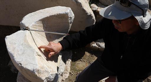 Hλιακό ρολόι 2000 ετών βρέθηκε στην Λαοδίκεια