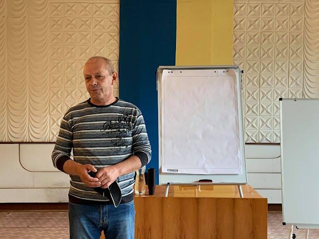 Милівській сільський голова Олег Яхнієнко