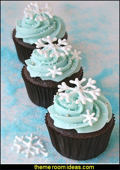Snowflake Fondant Mold 3D Christmas Cake Decorations Winter Cupcake Topper for Chocolate Candy Soap Cake Baking Decoration