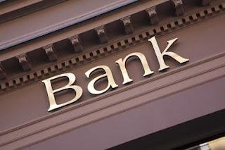 बैंक प्रबंधक तथा एजेंट का मायाजाल, जरूरतमंद लोग फस रहे हैं इस मायाजाल में