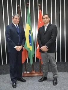 Neide e Marcelo deixam suas digitais nos anais da Câmara de Guarabira